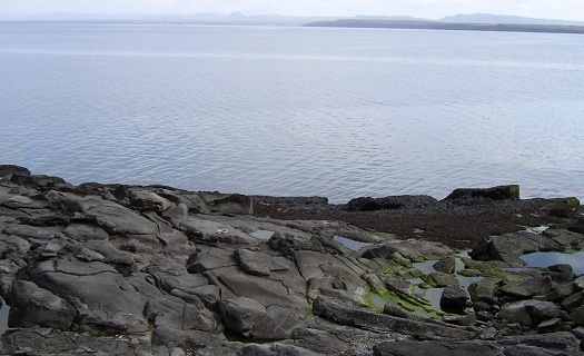 more lavaflow coastline